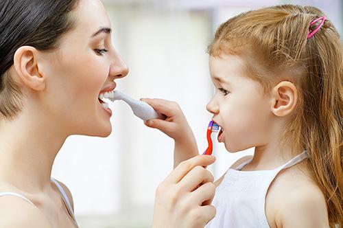 5 Tips on Children's Toothbrushing